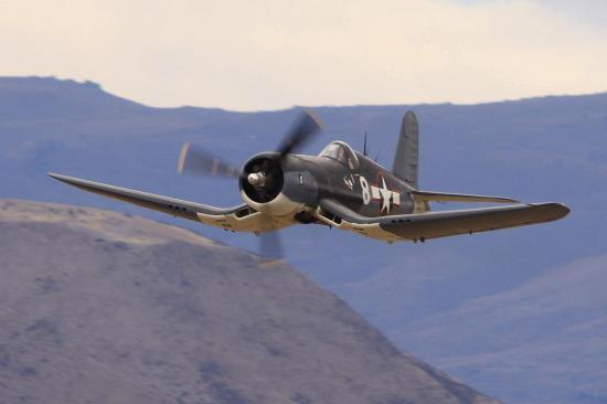 gullwing-f4u-corsair.jpg
